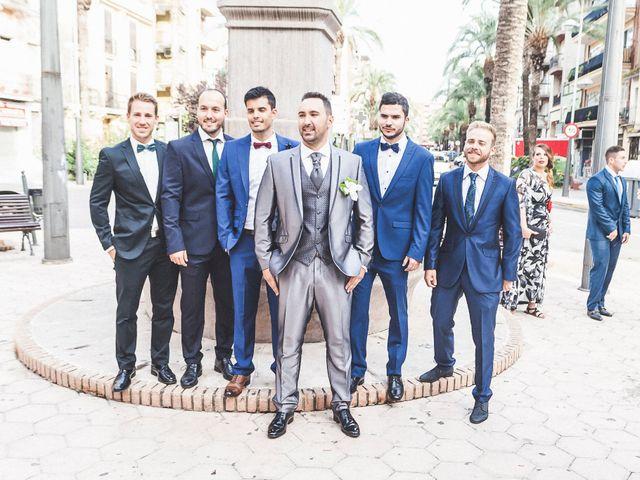 La boda de Alex y Amparo en Torrent, Valencia 16