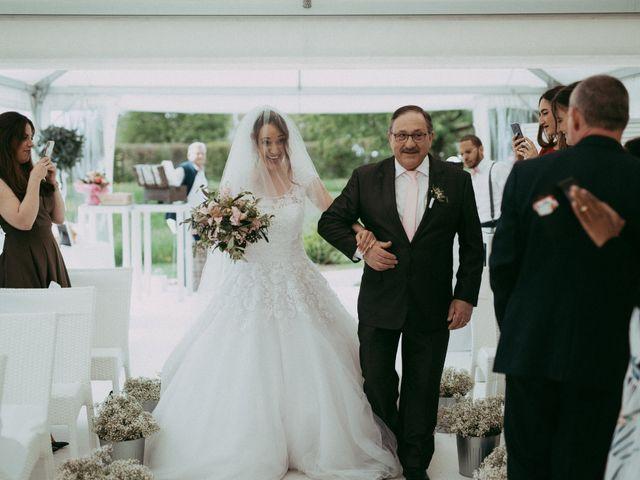 La boda de Camilo y Disney en Bronchales, Teruel 24