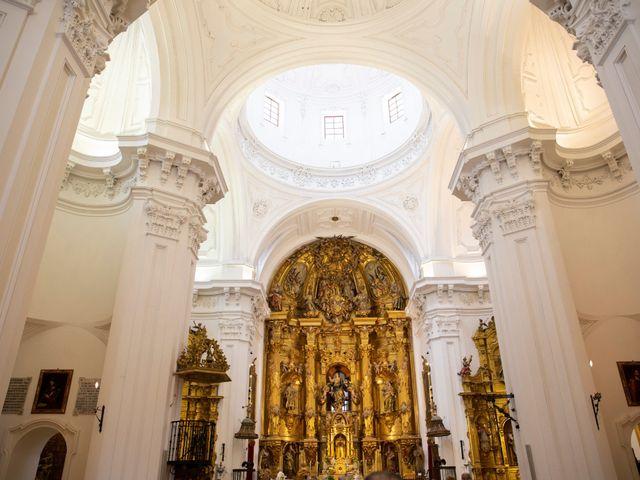 La boda de Sergio y Natalia en Laguna De Duero, Valladolid 30