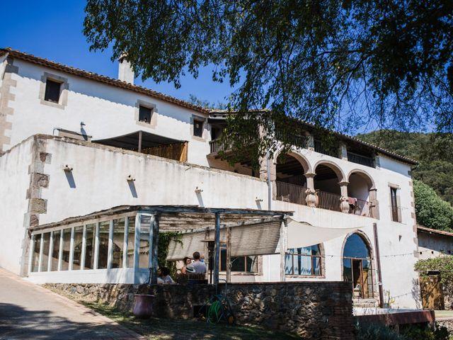 La boda de Daniel y Delia en Santa Pau, Girona 2