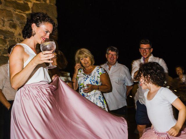 La boda de Daniel y Delia en Santa Pau, Girona 137