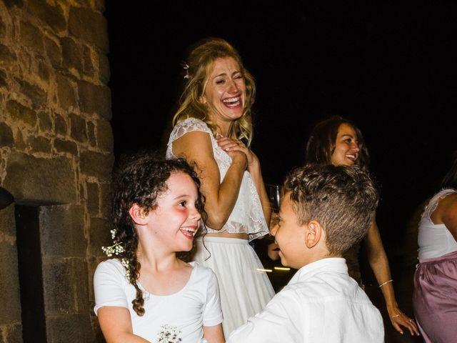 La boda de Daniel y Delia en Santa Pau, Girona 140