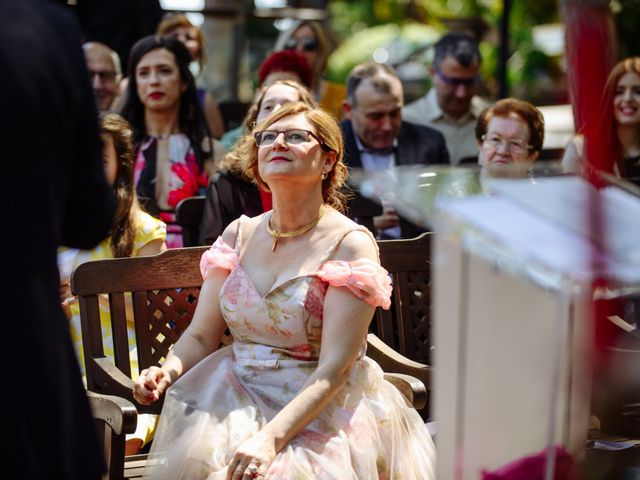 La boda de Javier y Aida en Sant Boi De Llobregat, Barcelona 37