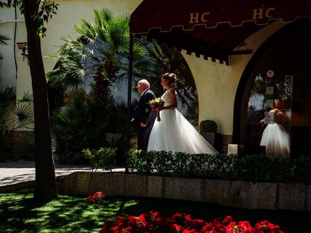 La boda de Javier y Aida en Sant Boi De Llobregat, Barcelona 39