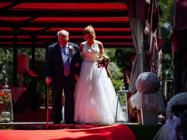 La boda de Javier y Aida en Sant Boi De Llobregat, Barcelona 40
