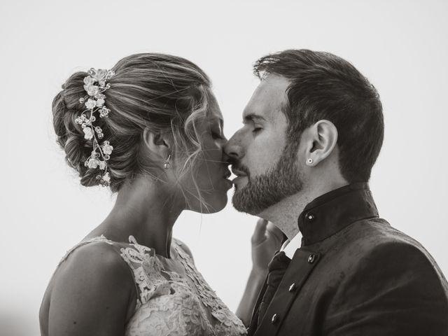 La boda de Javier y Aida en Sant Boi De Llobregat, Barcelona 1