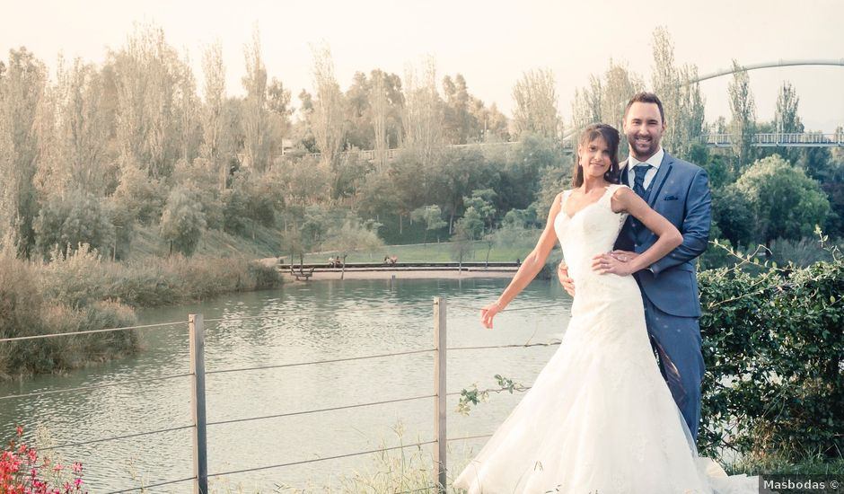 La boda de Alex y Amparo en Torrent, Valencia