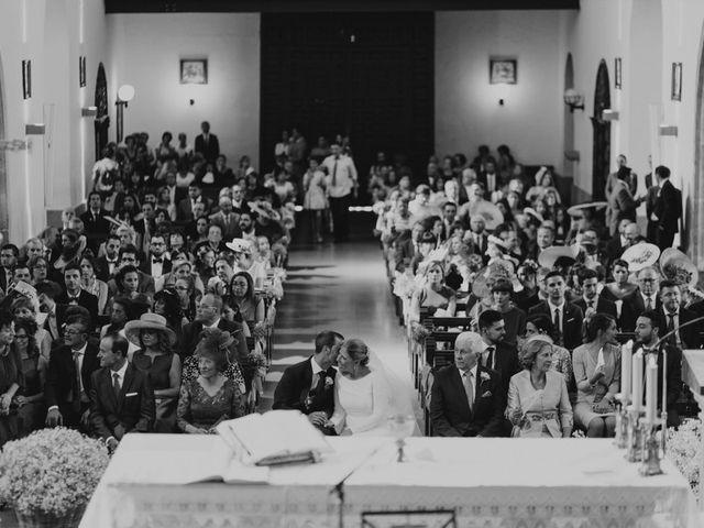 La boda de Tomás y Inmaculada en Tomelloso, Ciudad Real 24