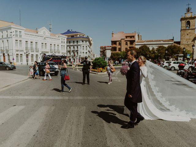 La boda de Tomás y Inmaculada en Tomelloso, Ciudad Real 27