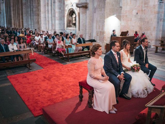 La boda de Diego y Kim en Valverdon, Salamanca 28