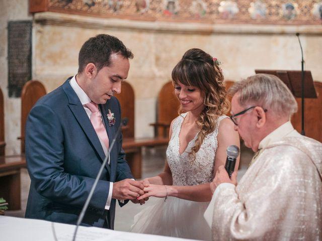 La boda de Diego y Kim en Valverdon, Salamanca 29