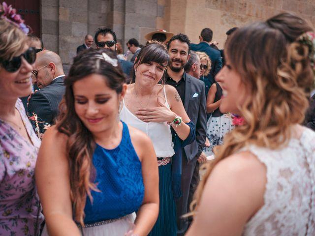 La boda de Diego y Kim en Valverdon, Salamanca 34