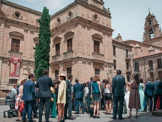 La boda de Diego y Kim en Valverdon, Salamanca 38