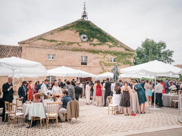 La boda de Diego y Kim en Valverdon, Salamanca 41