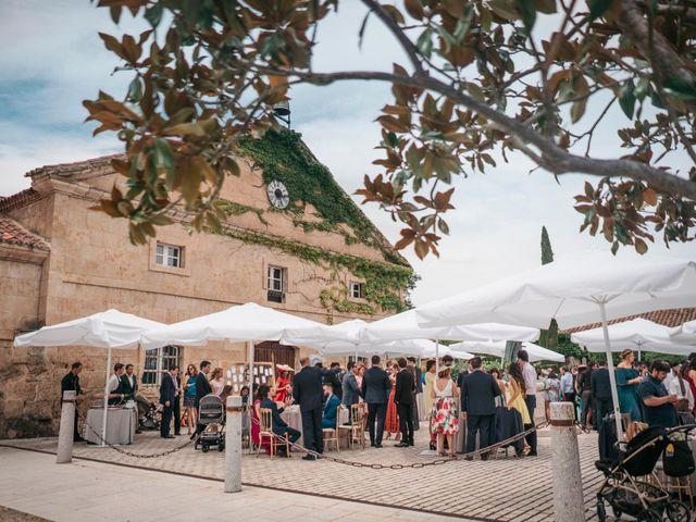 La boda de Diego y Kim en Valverdon, Salamanca 45