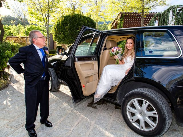 La boda de Gema y Ernesto en Miraflores De La Sierra, Madrid 13