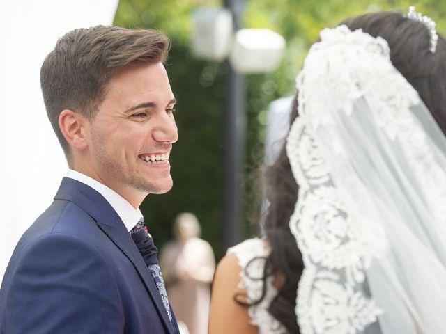 La boda de Carlos y Sara en Madrid, Madrid 32