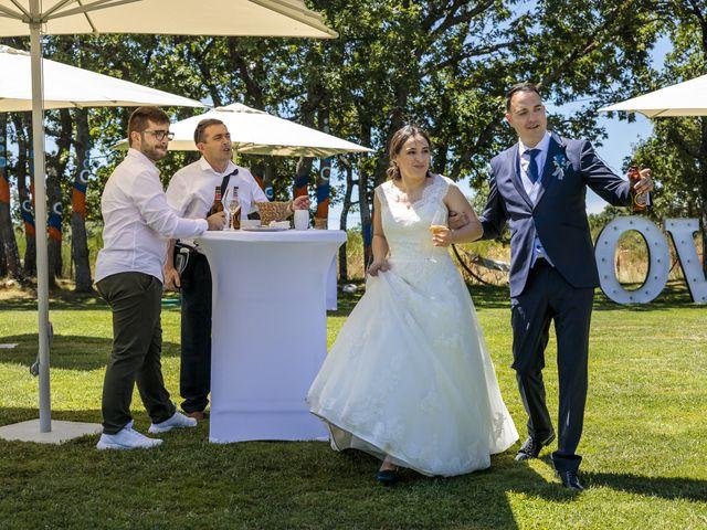 La boda de Rubén y Cristina en Garrafe De Torio, León 14