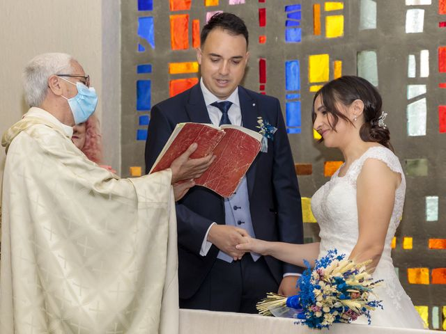 La boda de Rubén y Cristina en Garrafe De Torio, León 17