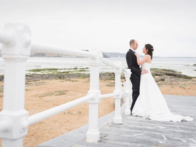 La boda de Sergio y Lucila en Gijón, Asturias 4