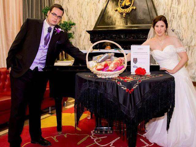 La boda de Diego y Nelli en Madrid, Madrid 6