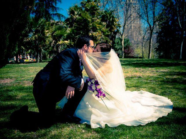 La boda de Diego y Nelli en Madrid, Madrid 13