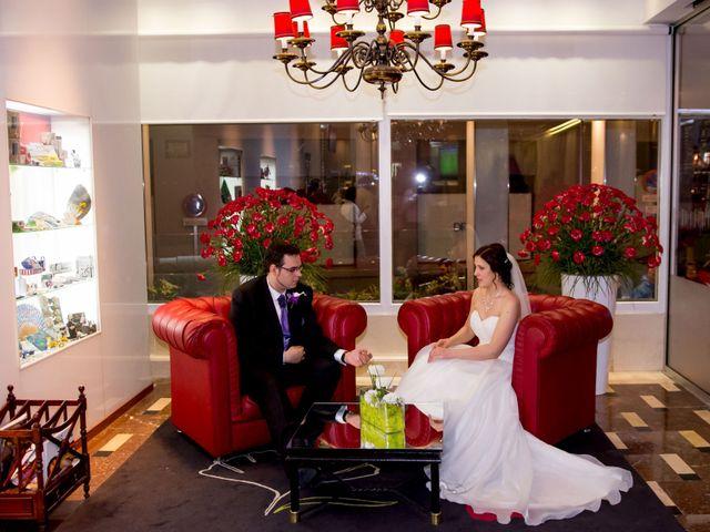 La boda de Diego y Nelli en Madrid, Madrid 16