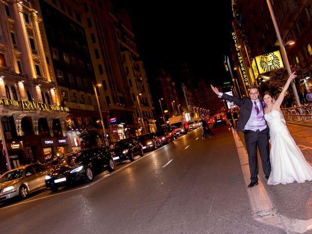 La boda de Diego y Nelli en Madrid, Madrid 17