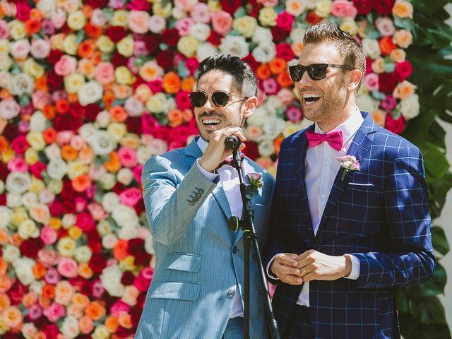 La boda de Tomás y Germán en Valencia, Valencia 32