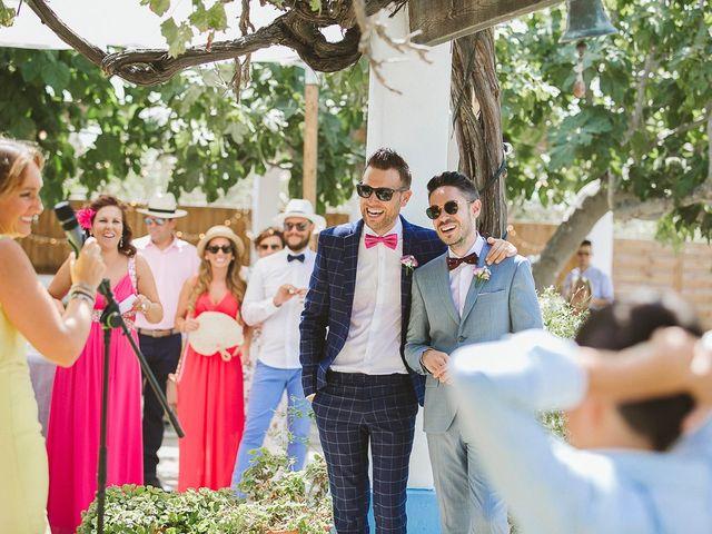 La boda de Tomás y Germán en Valencia, Valencia 39