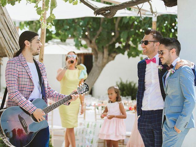 La boda de Tomás y Germán en Valencia, Valencia 40