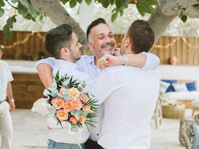 La boda de Tomás y Germán en Valencia, Valencia 55