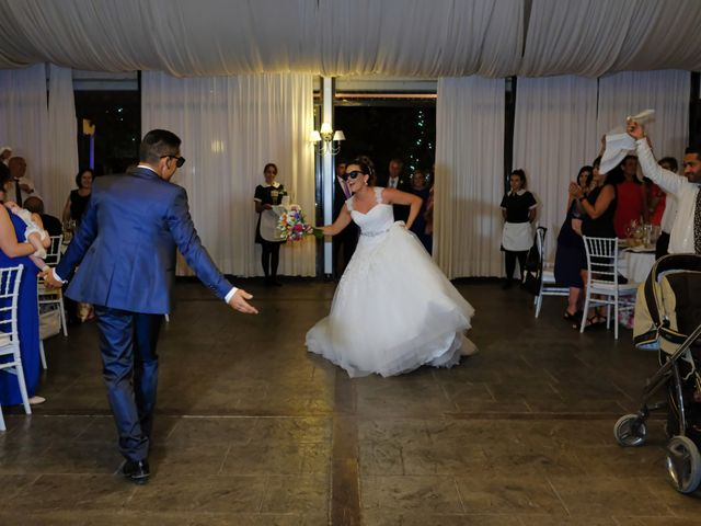 La boda de Javi y Irene en Villarrobledo, Albacete 15