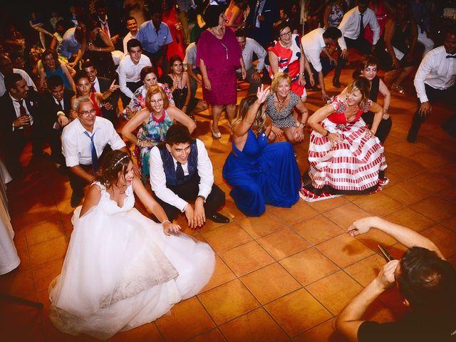 La boda de Noelia y Javier en Valdastillas, Cáceres 123