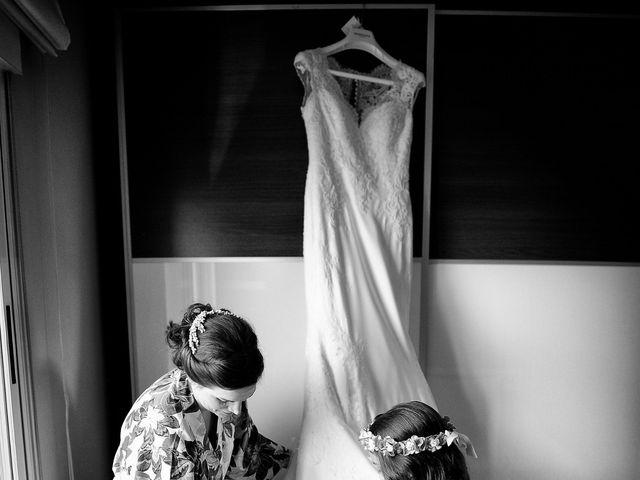 La boda de Elvira y Jonatan en Cabezabellosa, Cáceres 17