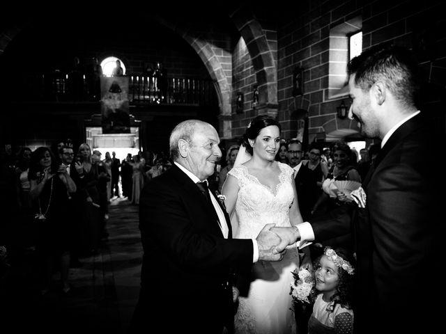 La boda de Elvira y Jonatan en Cabezabellosa, Cáceres 47