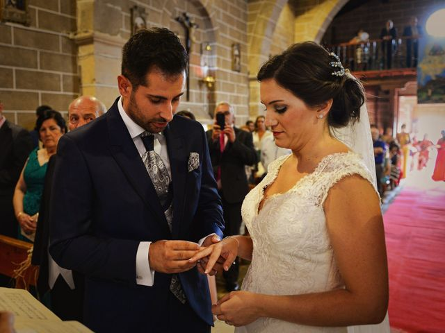 La boda de Elvira y Jonatan en Cabezabellosa, Cáceres 52