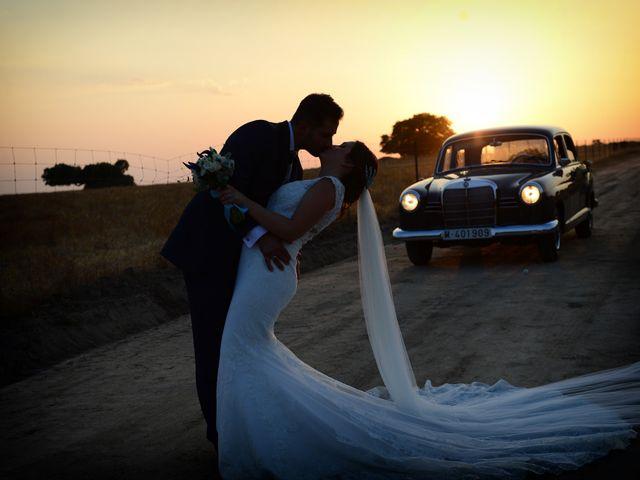 La boda de Elvira y Jonatan en Cabezabellosa, Cáceres 61