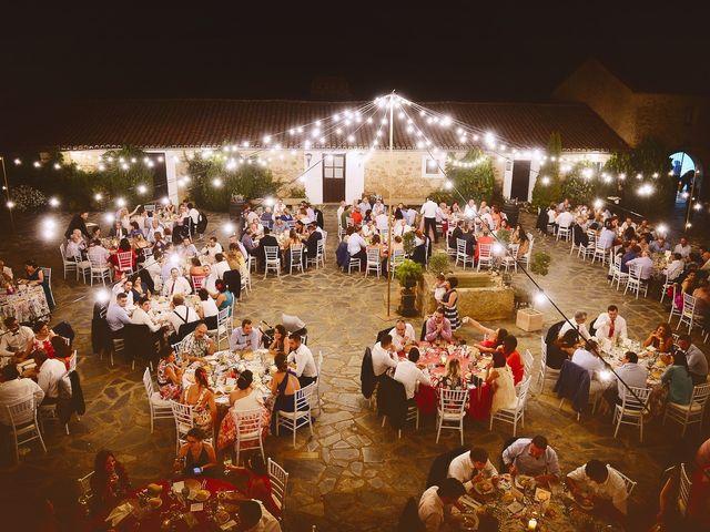 La boda de Elvira y Jonatan en Cabezabellosa, Cáceres 68