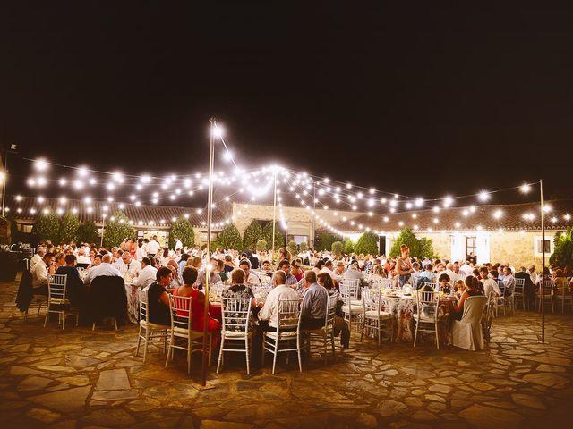 La boda de Elvira y Jonatan en Cabezabellosa, Cáceres 72