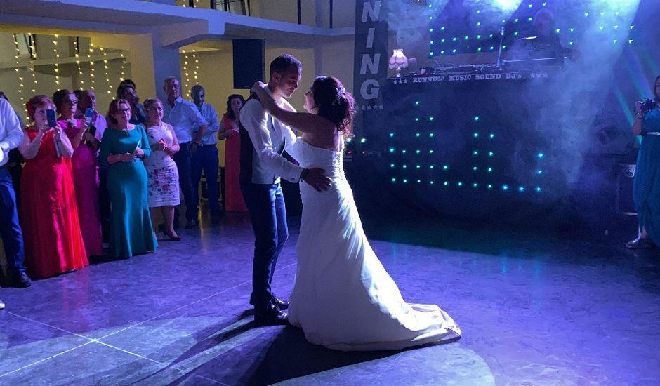 La boda de Maria josé y Juan en Puebla De Alcocer, Badajoz
