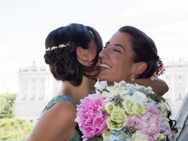 La boda de Juanma y Ale en Valdemorillo, Madrid 25