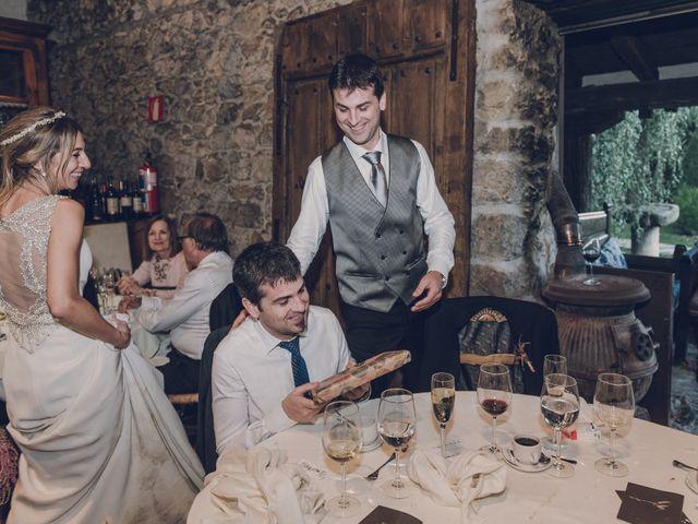 La boda de Aitor y Inma en Forua, Vizcaya 138
