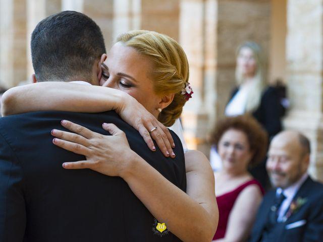 La boda de David y Amparo  en El Puig, Valencia 32
