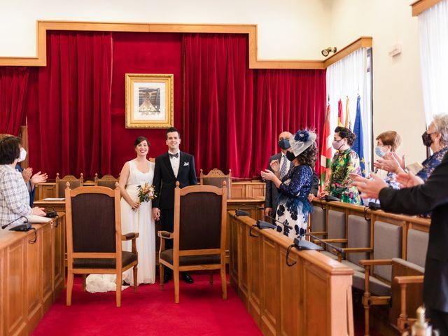 La boda de Rubén y Cristina en Portugalete, Vizcaya 15