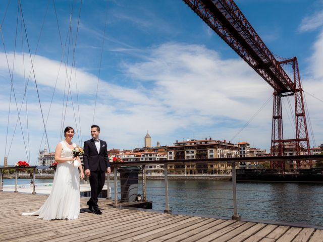La boda de Rubén y Cristina en Portugalete, Vizcaya 22