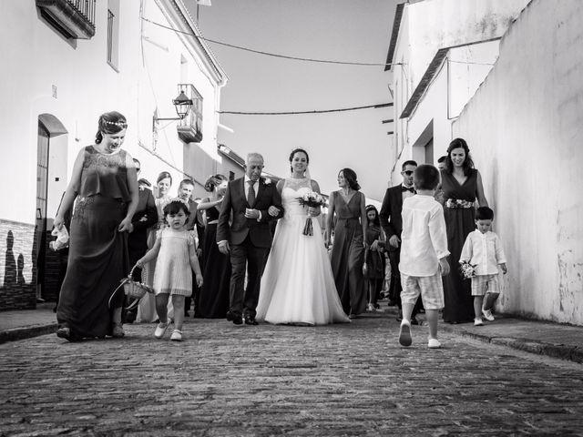 La boda de Antonio y María en Villagarcia De La Torre, Badajoz 16