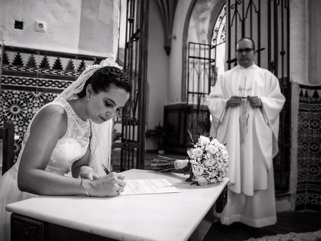 La boda de Antonio y María en Villagarcia De La Torre, Badajoz 22