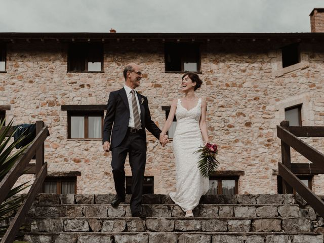 La boda de Nacho y María en Rasines, Cantabria 17