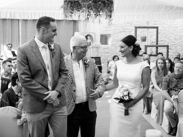 La boda de James y Izaro en Berrioplano, Navarra 2